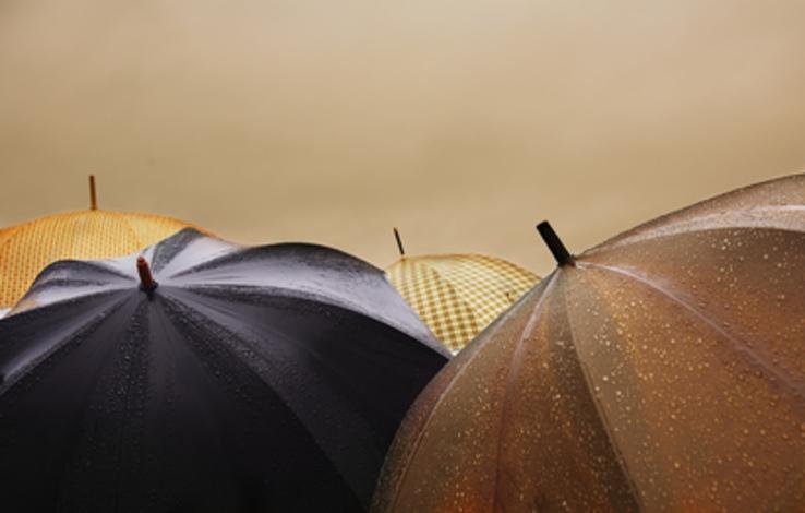 4930276154_5351421904_b_rain-clothes